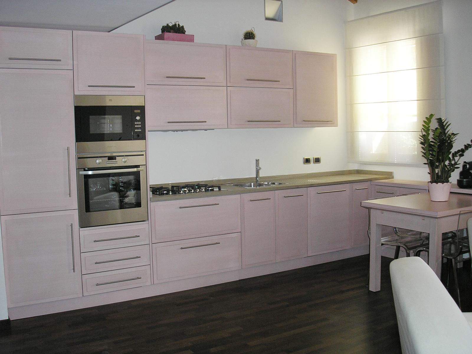 Cucine Farolfi, cucina moderna legno tinto  –Farolfi Arredamenti